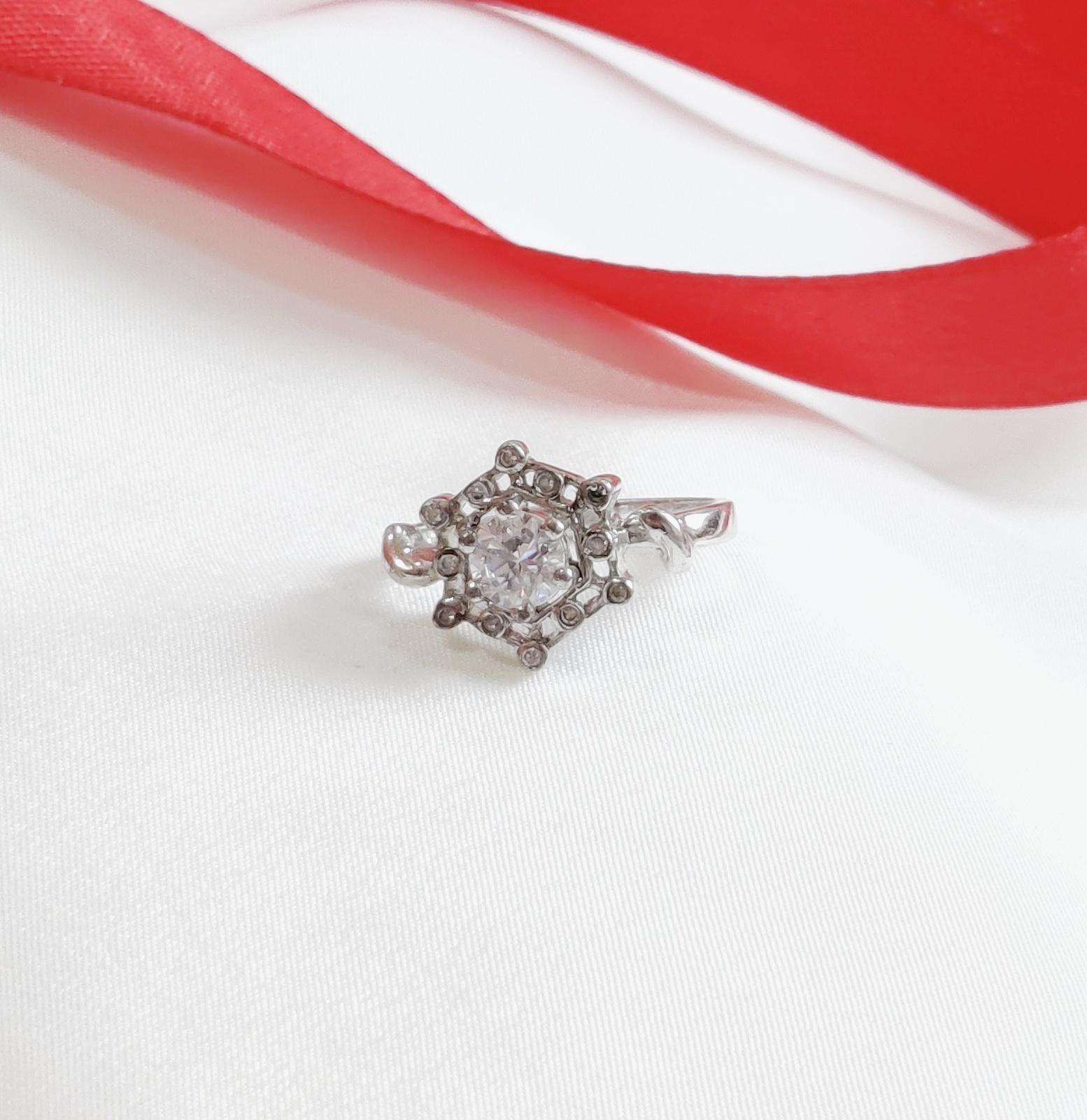 Sterling Silver Flower Solitaire Engagement Ring